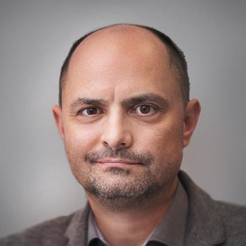 Психолог и психотерапевт Артём Рассман